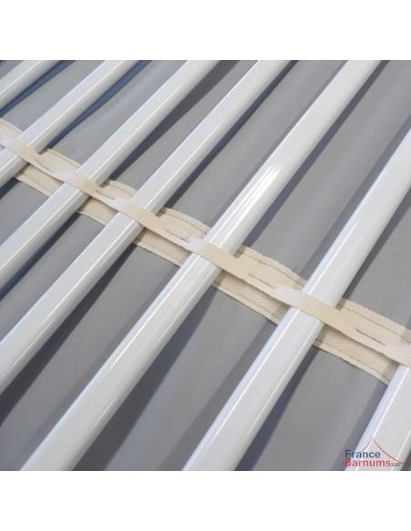 Les claies de notre matériel forain de présentation sont maintenues par des passants sur l'habillage en tissu PU 180g/m²