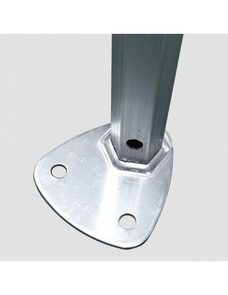 Nos barnums pliants Alu Pro 45 ECO sont équipés d'une large platine de pied bien stable avec 2 ancrages possibles