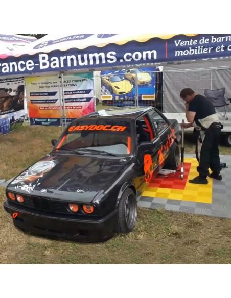 Dalles de sol clipsables, idéales pour créer un stand paddock de course confortable - Saint-Gouëno (22)