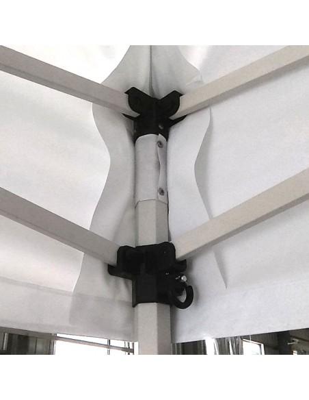 Gros plan de la Structure de notre Barnum Pliant - Stand Acier Premium norme résistance au feu M2