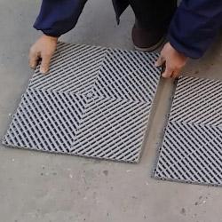 Montage de nos dalles clipsables en polypropylène