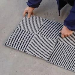 Nos dalles de sol se clipsent tout simplement entre elles