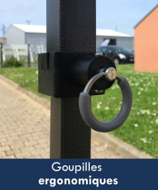 Le blocage de la structure de nos barnums pliants Acier Loisirs est enclenché par des goupilles ergonomiques renforcées et enrobées